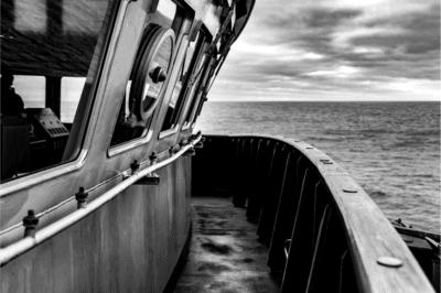 op dek van een schip